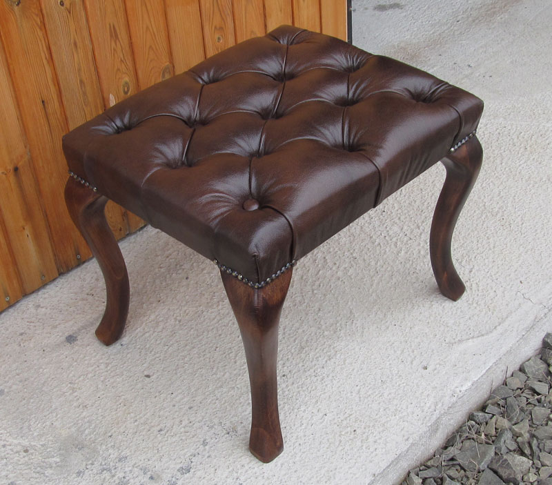 Chesterfield Cambridge Hocker 40x60 Antikbraun(A5)